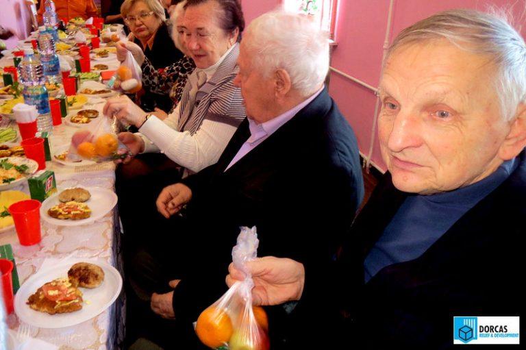 Рождественский праздник для тульских пенсионеров