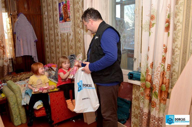 Семьи получили подарки к Новому году