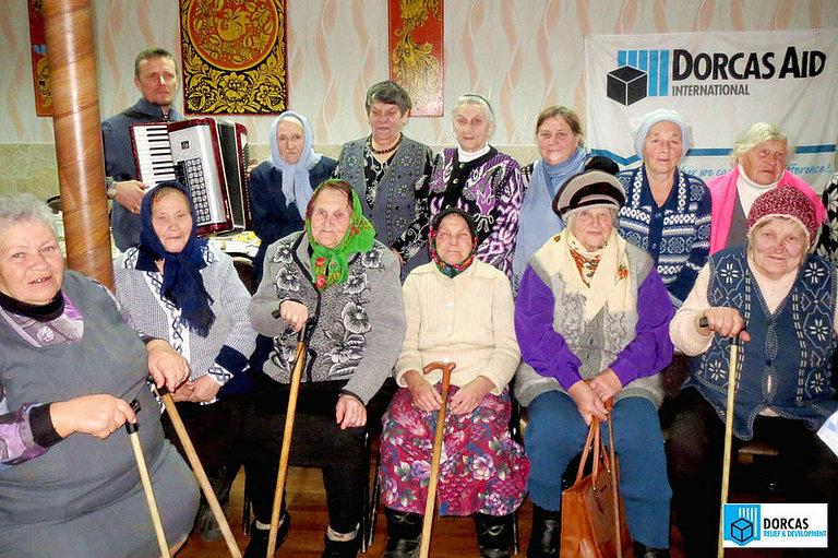 Праздничная встреча бабушек в посёлке Чернь Тульской областей