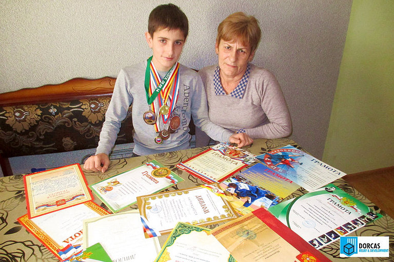Семиклассник Георгий подтянул успеваемость по русскому языку и математике