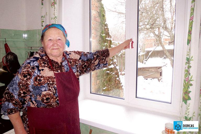 В домах бабушек из Тульской области установлены новые пластиковые окна