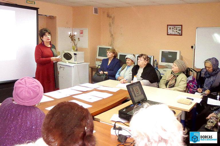 Кардиолог Л. Павлова проводит лекцию о здоровье для тульских пенсионеров