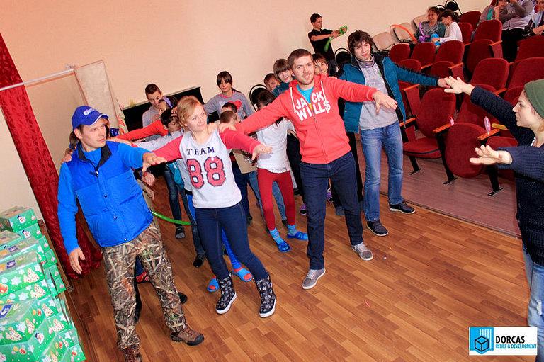 Волонтёры проводят новогодний праздник в одном из детских домов Ставропольского края